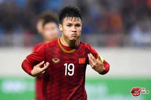 Cầu thủ xuất sắc nhất Châu Á – Quang Hải cạnh trạnh ngôi sao nào
