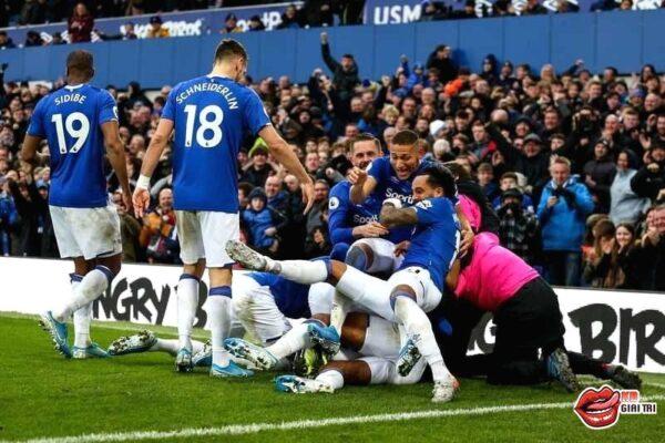 Soi kèo trận MU vs Everton – Chủ nhà thị uy