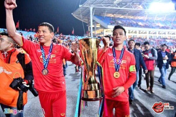 Cầu thủ Anh Đức – Tấm gương cho các cầu thủ trẻ noi theo