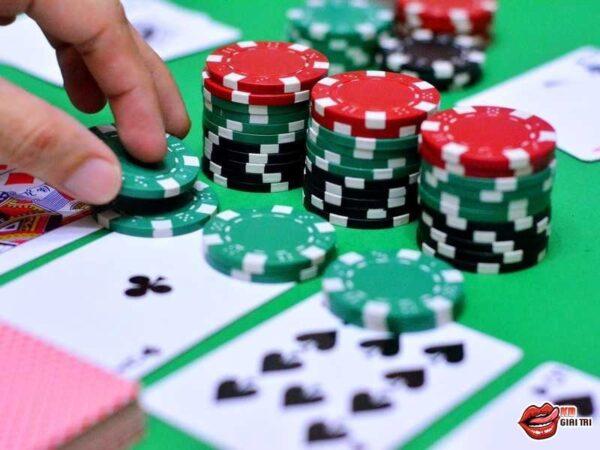 Hướng dẫn chơi bài poker dành cho người có tham vọng làm