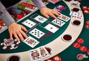 học chơi poker