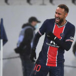 Sau khi vừa cùng PSG vượt khó hạ Anges để giữ ngôi đầu bảng Ligue 1 trước sự bám đuổi quyết liệt từ phía Lille, Neymar lại đang gây chú ý với những bằng chứng cho thấy anh đã tán đổ nữ ca sĩ tuyệt đẹp người Argentina - Emilia Mernes