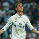 """Ronaldo tức khi """"bóng đá Bồ Đào Nha đang bị tổn thương"""""""