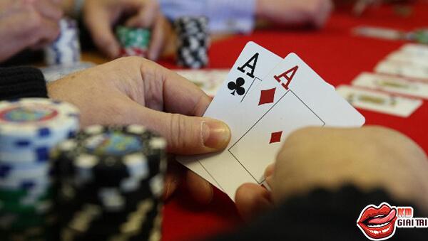 Những tố chất khi chơi poker căn bản nhất cần có!