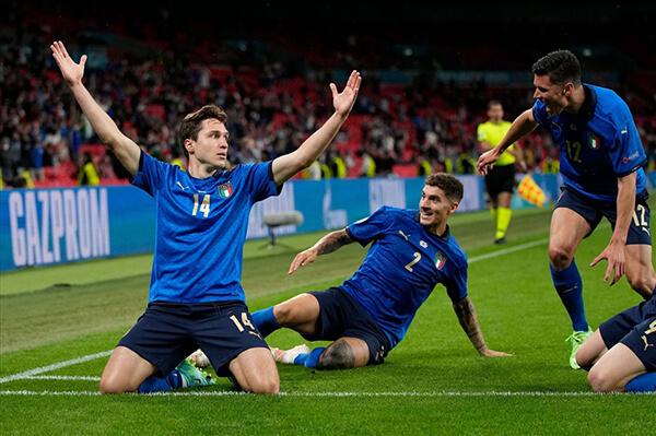 Đội tuyển Italia đã vượt qua Áo với tỉ số 2-1 sau 120 phút ở thi đấu để giành vé vào tứ kết EURO 2020